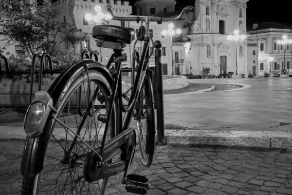 Bianco e nero in Piazza Duomo